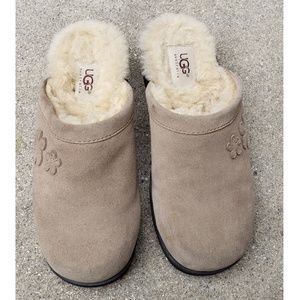 Ugg Suede Shearling Flower Chunky Heel Clog Size 7
